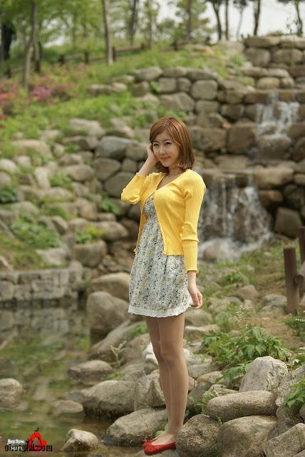Wah ada pula Gambar Artis Hot | Choi Byul-I – Flower Dress Ternyata