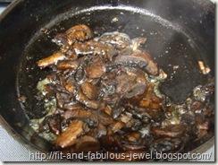 balsamic mushrooms and shallots