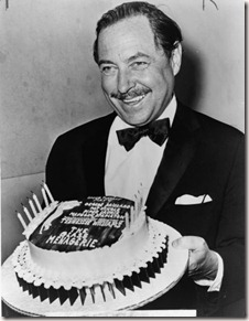463px-tennessee-williams-with-cake-nywts