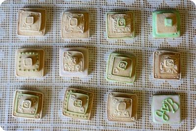 stackedweddingcookies16