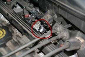 WJ leaking fuel from injector rail - JeepForum.com