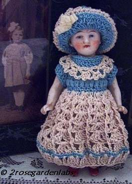 Antique all-bisque doll crochet crocheted dress