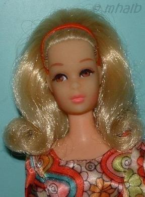 Mattel Barbie doll No Bangs Francie NB Midi Bouquet 1970s