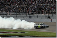 2010 Las Vegas NSCS Jimmie Johnson burnout