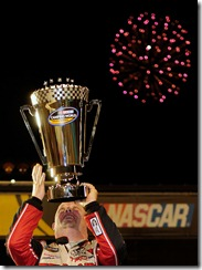 2010 Phoenix Nov NCWTS Todd Bodine lifts trophy