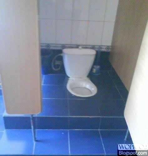 Deep Toilet