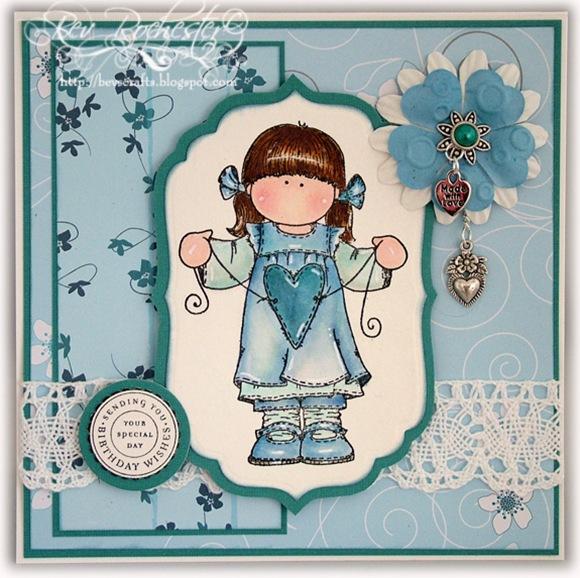 hanglar-blue-girl-1
