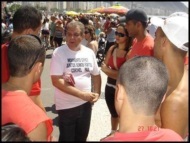 Segunda caminhada pela PEC300-2008 em 27-09-2009 em Copacabana 023