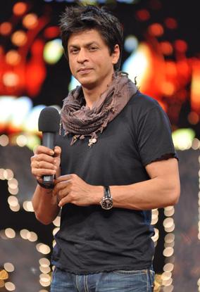 SRK Looking Good