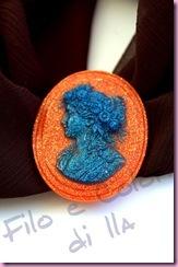 20100926-spilla-cammeo-della-nonna-zucca-e-petrolio-su-foulard