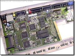 Commodore_Amiga1200_MotherBoard_1