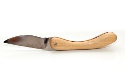 Couteau fermant