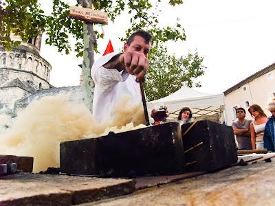 Le démarrage d'une forge : enfumage total