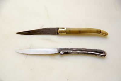 Et voilà ! Un couteau de table brut de forge prêt à l'emploi.