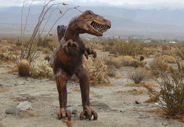 Raptor - Anza Borrego Creature Desert