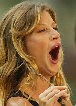 yawn14