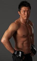 Йошихиро Акияма (Yoshihiro Akiyama)