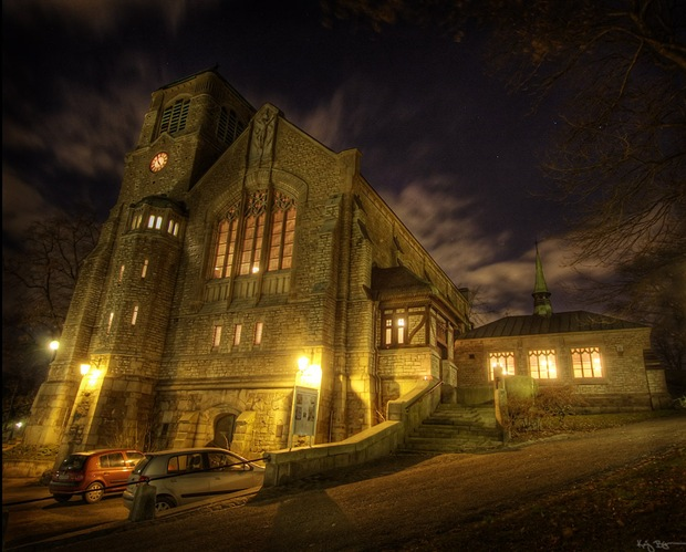 Hdr-night-and-architecture-photography-of-church