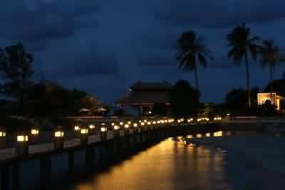 parai tenggiri beach at night