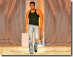 Salman_Khan_BollywoodSargam_smiling_7