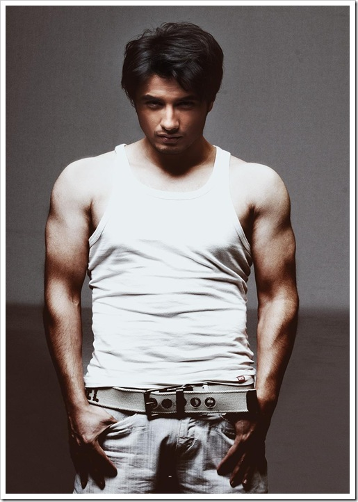 Ali Zafar new shirtless