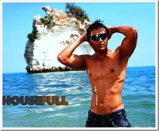 Ritesh_DeshmUKH SHIRTLSS