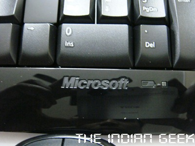Microsoft Wireless Desktop 800 - Keyboard LED indicator