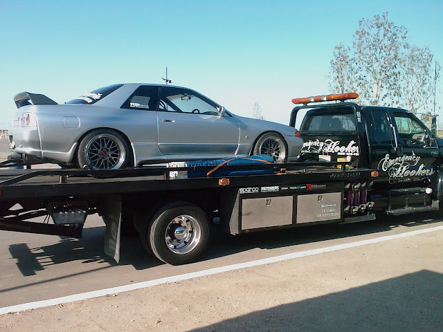 R32 GT-R at Buttonwillow. First class ride to and from the track.