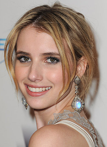 Emma Roberts at Golden Globe 2011