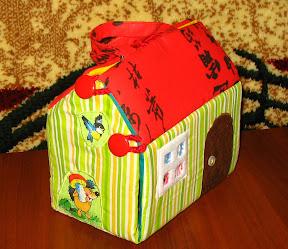 Сумочка-домик для кукол
