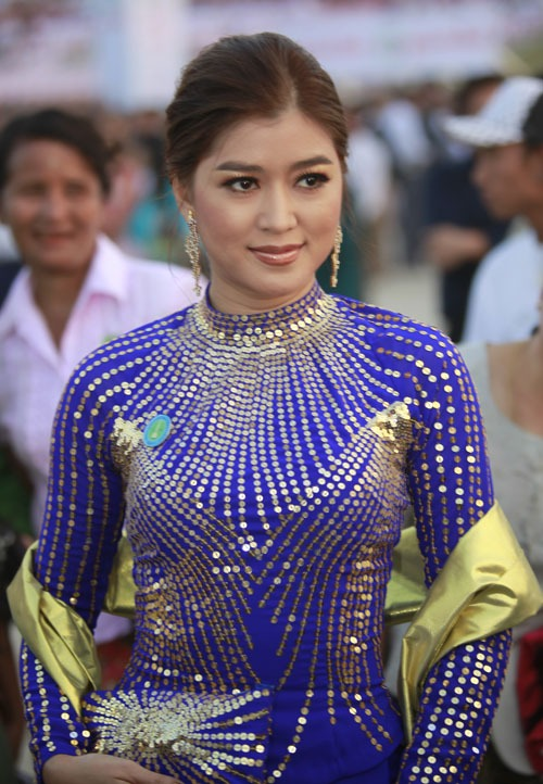 Photo Gallery: Myanmar Actress Eindra Kyaw Zin