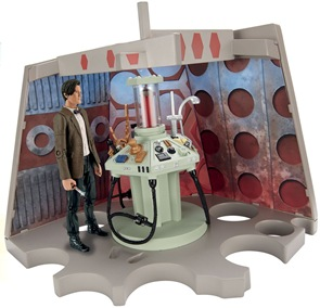 actionfigures_playset-makeshiftTARDIS01