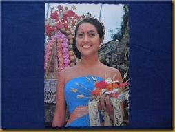 Post Card Gadis Bali