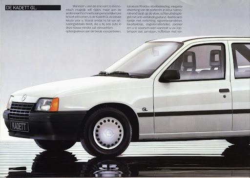 opel_kadett_sedan_1985_010.jpg
