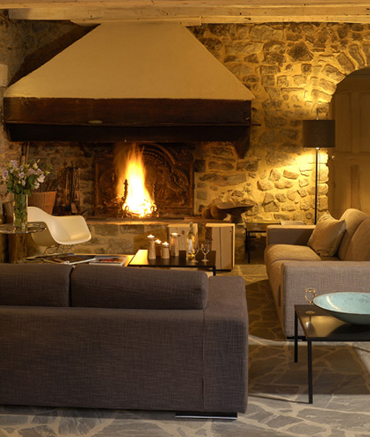 stone home architecture fireplace design ideas