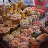 Διάφορα πιάτα με θαλασσινά στο Fisherman's Wharf στο SF