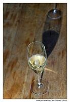 champagne_stin
