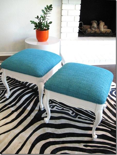 stools turquoise
