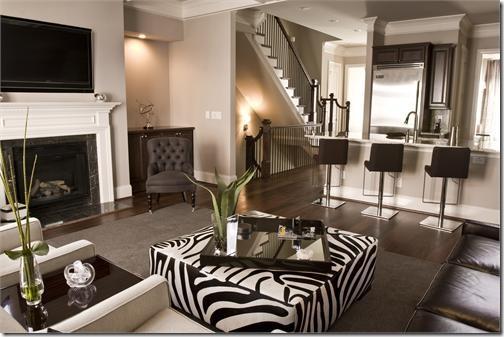 Designties cheetahs zebras cows oh my for Living room zebra design