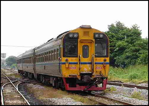 قطار في تايلاند thailand  train
