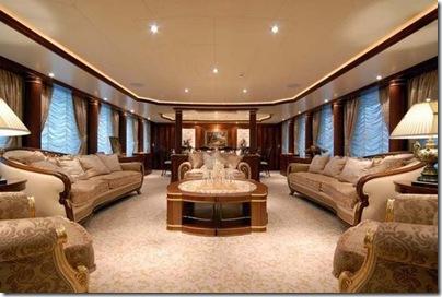 Os  interiores de luxuosos iates 19