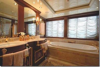 Os  interiores de luxuosos iates 17