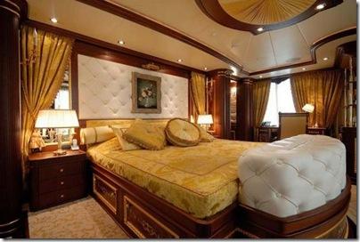 Os  interiores de luxuosos iates 14