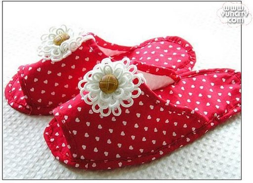 Pantuflas (zapatillas) con motitas 1326220735