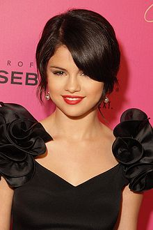 selena-gomez-photos-and-hot-pictures-gallery