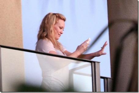 Hillary Duff est fiancée, Fellation !