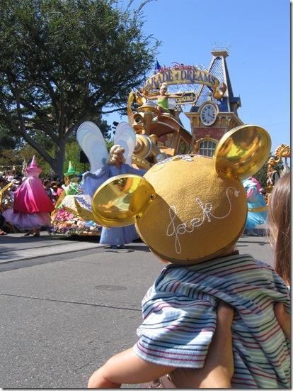 Disneyland 8-10-05 026