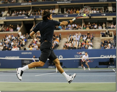 110adf439330785f3c5c28d43757efe4-getty-ten-us_open-federer-soderling