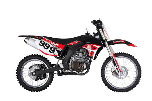 Yamaha dirt bikes red