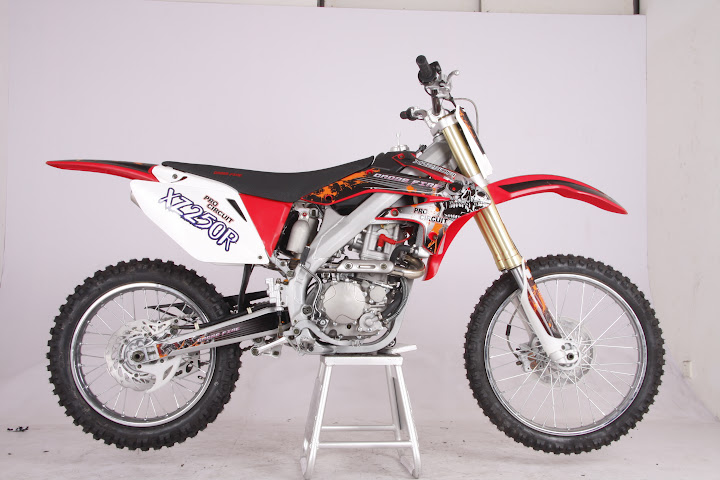 Crossfire XZ250R 250cc Dirt Bike Red